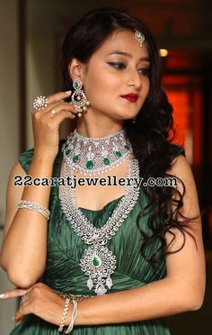 Niloufer Emerald Diamond Grand Jewellery - Jewellery Designs