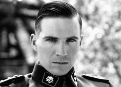 Ralph Fiennes as Amon Goeth in Schindler's List. Nazi officers, SS, SA, and Hitler Youth uniforms were designed by Hugo Boss. Amon Goeth, Ralph Fiennes, Schindlers Liste, Beautiful Men, Beautiful People, Simply Beautiful, Gorgeous Guys, Greatest Villains, Famous Villains