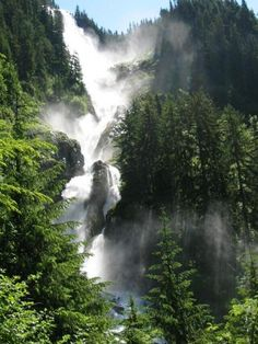 One of the tallest waterfalls in BC, at the end of a moderate trail - Nusatsum River Trail - that takes you through a few km of fir, spruce and Western hemlock stands. Vancouver Island, Canada Vancouver, Great Places, Places To See, Beautiful Places, British Columbia, Columbia Travel, Rocky Mountains, Capital Of Canada