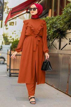 Muslim Dress, Hijab Dress, Stylish Kurtis Design, The Dress, Hijab Fashion, Nevada, Shawl, Evening Dresses, Tunic