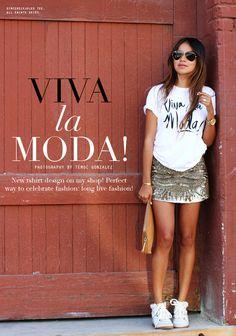 Skirts & Sneakers... She makes it work! #Blogger #Fashion Sincerely, Jules: Viva La Moda!