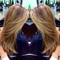 Fresh balayage highlights with face framing pieces to add lightness around the face! A good way to revamp your look and keep it low maintenance!#beautybycristen