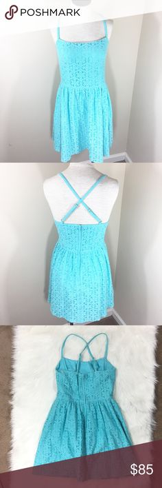 LILLY PULITZER ELISSE DRESS Style is the ELISSE Dress in Shorely Blue with Daisy Lane Lace. Spaghetti straps the cross cross in the back. Excellent condition. Zippered back with hook and eye Closure. Lilly Pulitzer Dresses