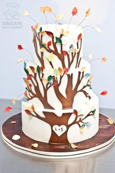 Cake Wrecks - Home - Fall Into Sweets - Dream Day Cakes Gorgeous Cakes, Pretty Cakes, Amazing Cakes, Cake Wrecks, Fall Wedding Cakes, Tree Wedding, Fondant, Woodland Cake, Tree Cakes