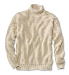 This luxurious rib-knit turtleneck sweater is made with superb craftsmanship. Get warmth without unnecessary bulk in a classic rib-knit turtleneck sweater that's perfect at sea or ashore. Cotton Sweater, Pullover Sweaters, Men Sweater, Fashion Advisor, Fashion Trends, Battle Dress, Mens Fashion Sweaters, Sport Coat, Rib Knit