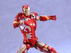 做乜野 • 玩具: S.H.Figuarts Iron Man 鋼鐵人 Mark 43