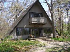 Eastham Vacation Home Rental - 3 Bedroom, 2 Bath, Sleeps 9 - Nauset Teepee A Frame House with Wonderful Views