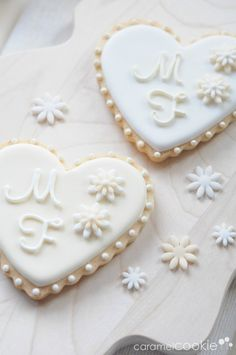 @Barb Peterson Peterson Peterson Peterson Peterson Peterson Yoder, what do you think? beautiful wedding cookies | Caramel Cookie AMANDA
