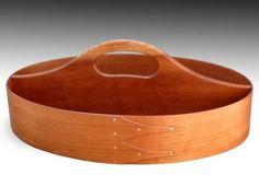 Shaker oval tray