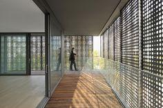 Complejo de viviendas y oficinas Situla / Bevk Perovic