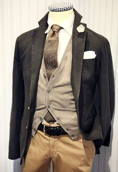 Engagement photo outfit?