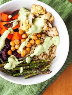 Vegan Quinoa Power Bowls with Roasted Veggies and Avocado Sauce {Gluten-Free} - uber healthy and nutritious weeknight dinner with roasted beets, chickpeas, asparagus and the best sauce ever |avocadopesto.com