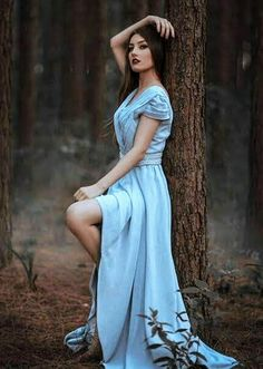 Ideas natural lighting photoshoot for 2019 Portrait Photography Poses, Photography Poses Women, Forest Photography, Portrait Poses, Fashion Photography, Photography Studios, Photography Gels, Photography Marketing, Photography Lighting