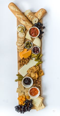 How to make a Traditional cheese board