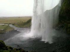 Spektakuläre Wasserfälle - Island: Seljalandsfoss