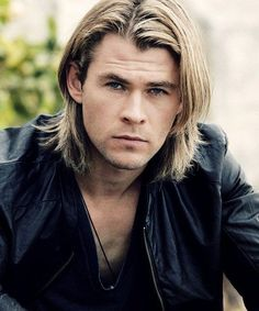 Chris Hemsworth Long Hair - 40 Hot Guys with Long Hair: Sexy Long Hairstyles For Men #longhairmen #menshairstyles #menshair #menshaircuts #menshaircutideas #menshairstyletrends #mensfashion #mensstyle #fade #undercut #barbershop #barber