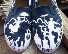 Women's Disney Mary Poppins Handpainted Custom Toms from likemothstoaflame on Etsy. Crazy Shoes, Me Too Shoes, Toms Shoes Outlet, Shoe Outlet, Disney Toms, Disney Fun, Espadrilles, Converse, Painted Shoes