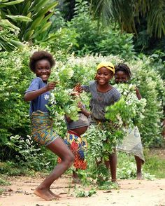 Happiness in Congo.  Photo by: ange_du_desert