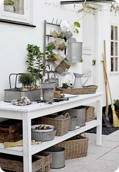 Potting Bench - With Great Baskets And Bins - Via Lilla Villa Vita: Redo For Vr Decor, Garden Room, Interior, Outdoor Living, Sweet Home, Potting Table, Garden Storage, Furnishings, Outdoor Kitchen