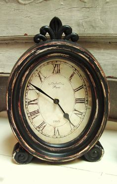 The time of day makes no difference.live as though you only have a moment left.make each moment count. Big Clocks, Cool Clocks, Small Clock, Antique Clocks, Rustic Clocks, Farmhouse Clocks, Vintage Clocks, French Clock, Father Time