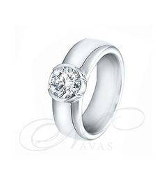 El solitario de diamantes SARA NAVARRO 5 es un bello diseño de anillo de diamantes en oro de Primera Ley realizado, en exclusiva para Navas Joyeros, por la prestigiosa Sara Navarro. Se basa en un estilo sencillo y vanguardista, muy recomendado como anillo de compromiso o como regalo de aniversario si buscamos una joya moderna y diferente.