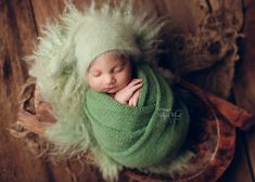 Denver newborn photography smiling baby boy - Denver Newborn- Baby-Family photographer Hillary Wheat Newborn Photos, Pregnancy Photos, Newborn Photographer, Family Photographer, Baby Family, Beautiful Family, Maternity Photography, Little Babies, Photo Sessions