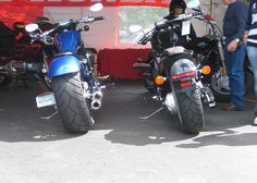 Honda Fury with Sumo (left) and without (right).