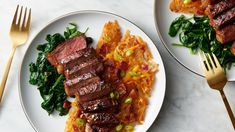 Dinners that feel fancy but require little-to-no effort? That's our jam. NY strip is pan seared in the skillet and slathered with garlic butter before hash browns loaded with cheese and bacon are added for a complete dinner for two. Easy Dinners For Two, Meals For Two, Easy Dinner Recipes, Sunday Dinners, Holiday Recipes, Easy Meals, Easy Recipes, Beef Recipes, Cooking Recipes