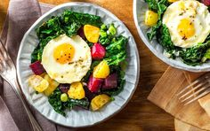 Make-Ahead Beet and Kale Potato Hash With Baked Eggs Healthy Pasta Dishes, Healthy Pastas, Healthy Recipes, Healthy Foods, Healthy Lunches, Gf Recipes, Healthy Breakfasts, Healthy Cooking, Cooker Recipes