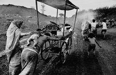 Sebastio Salgado, Charcoal industry, Danbad, Bihar State, India, 1989
