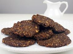 Oatmeal and chocolate cookies without sugar or flour Sweets For Diabetics, Healthy Sweets, Healthy Food, Diabetic Sweets, Healthy Desserts, Easy Desserts, Healthy Recipes, Veggie Recipes, Cookie Recipes