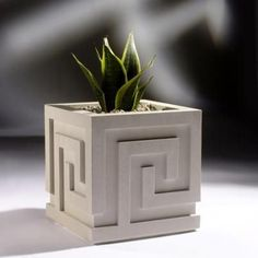 Contemporary planters superior to regular flower pots by Haddonstone. Stylish cast stone contemporary planter containers for the garden or lawn. Stone Planters, Concrete Pots, Concrete Crafts, Concrete Projects, Concrete Design, Concrete Planters, Garden Planters, Contemporary Planters, Cement Art
