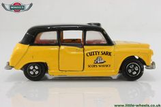 Photo of Corgi Small Scale: London Taxi (Juniors)