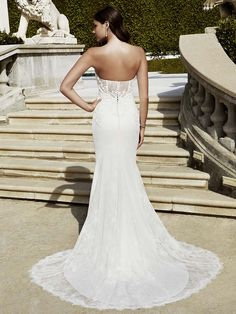 2016 Blue by Enzoani, Imperial wedding dress (Back View)