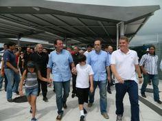 O prefeito Eduardo Paes inaugurou na última terça feira (24/12), o novo Terminal Alvorada, ampliado e totalmente reformado. Local por onde c...