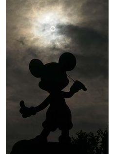Annular solar eclipse in Tokyo Disney Resort!