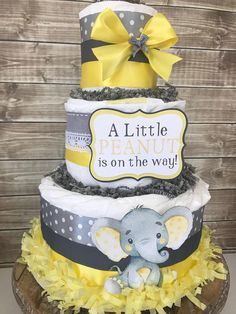 Elephant Baby Shower Diaper Cake in Yellow and Gray Little – Lace Wedding Cake Ideas Baby Shower Themes Neutral, Baby Shower Yellow, Cheap Baby Shower, Baby Shower Diapers, Baby Shower Cakes, Baby Shower Parties, Baby Boy Shower, Baby Shower Gifts, Baby Gifts