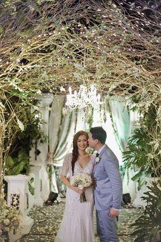 Celebrity Wedding: Eric Dee Jr. and Bea Soriano | http://brideandbreakfast.ph/2015/01/27/celebrity-wedding-eric-dee-jr-and-bea-soriano/ | Photography: Bea Caisip