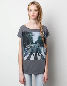 The Beatles by Pull and Bear Pull & Bear, Beatles Shirt, The Beatles, Jean Outfits, Cute Outfits, Jean Shirts, Personal Style, T Shirts For Women, Lifestyle