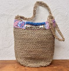 Crocheted summer bag with tribal details by KussenvanPaula on Etsy