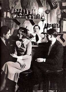 Lesbian bar, photograph by Brassai