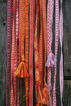 WHAT: Sami woven bands WHY: Used to compliment Latvian folk dresses each band has a symbol which represents the power of it for example it could be luck, protection from evil or love. Inkle Weaving, Inkle Loom, Card Weaving, Tablet Weaving, Iron Age, Finger Weaving, Peruvian Textiles, Viking Dress, Swedish Design