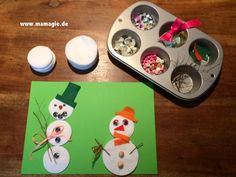 Schneemann-Legespiel / Build your own snowman kit Snowman Kit, Young Art, Montessori Materials, Build Your Own, Preschool Crafts, Kindergarten, Holiday, Christmas, Halloween