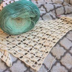 Detta mönster finns i en mängd olika varianter runt om på internet. Jag har bara hittat bilder eller diagram, men som jag inte riktigt gillat resultatet av. Efter lite virkande med tillhörande uppr… Crochet Crafts, Knit Crochet, Stick O, Coffee Crafts, Crochet Patterns, Knitting, Cotton, Handmade, Inspiration
