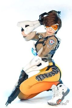 In Honor of Overwatch Dropping This Week Here's the Best of the Overwatch Cosplay to Surface so Far