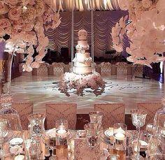 Unbelievible wedding cake idea!