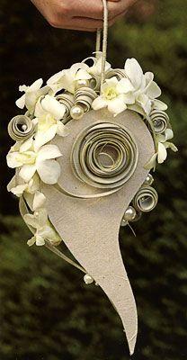 Flower Girl Bouquet with a Elephant kinda twist Art Floral, Floral Bags, Deco Floral, Floral Design, Modern Floral Arrangements, Flower Arrangements, Ikebana, Floral Bouquets, Wedding Bouquets