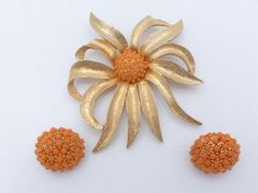 Hobe Flower brooch and clip on earring set with peach colored cabochons AL95