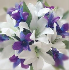blumenstrauß vintage lilien orchideen mix
