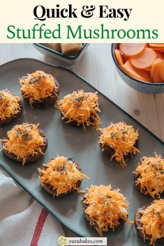 Try these vegan stuffed mushrooms for lunch. They are quick and easy to make and the taste of carrot and vegan cheese work like a charm with the baked mushrooms. YUM #mushrooms #baked #recipe #lunch #vegan Best Lunch Recipes, Best Vegan Recipes, Favorite Recipes, Vegetarian Recipes, Vegan Stuffed Mushrooms, Baked Mushrooms, Appetizer Recipes, Snack Recipes, Appetizer Ideas